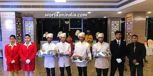 Black Diamond Caterer Kolkata-Rajarhat-Newtown Service Crew Image